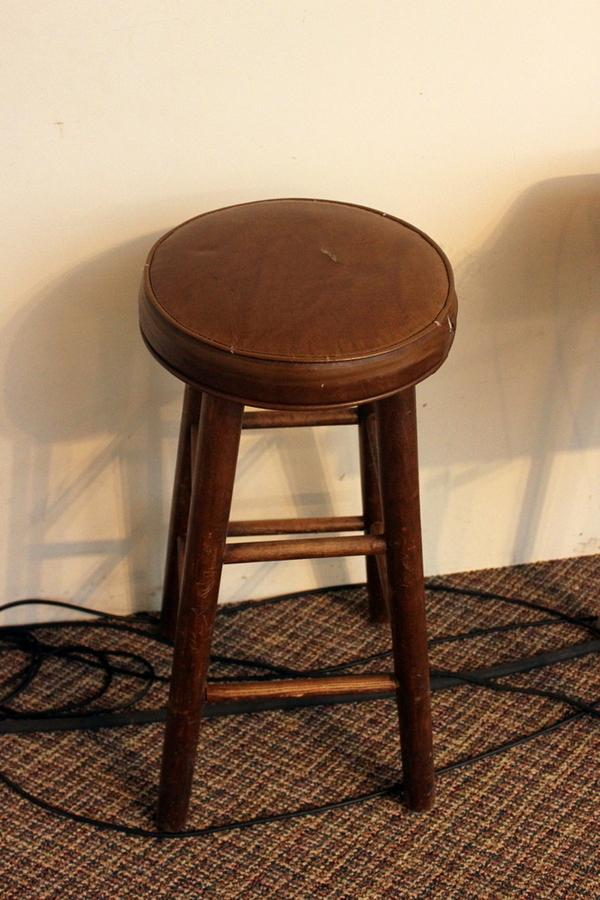 Larry Sims Auction Furniture Audio Equipment And Art Fromthe Unity Church Of Life In
