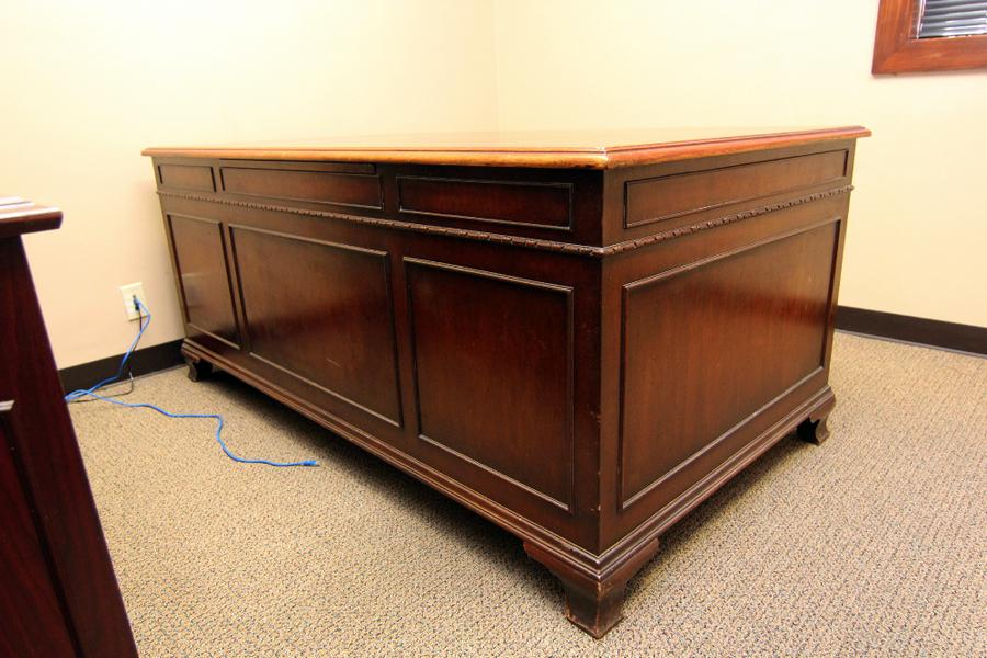 Larry Sims Auction Fine Furniture And Equipment From A