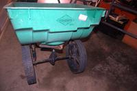 Sta-Green Lawn Fertilizer Spreader