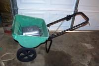 Sta-Green Lawn Fertilizer Spreader