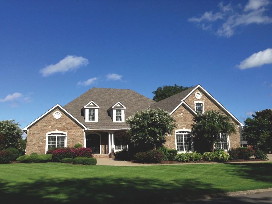 ABSOLUTE ONLINE AUCTION: <br/>4 BR, 5 Full, 2 Half Baths, 6,025 +/- SF Luxury Home on .41 AC in Smyrna TN