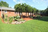 Garden Home Near MTSU
