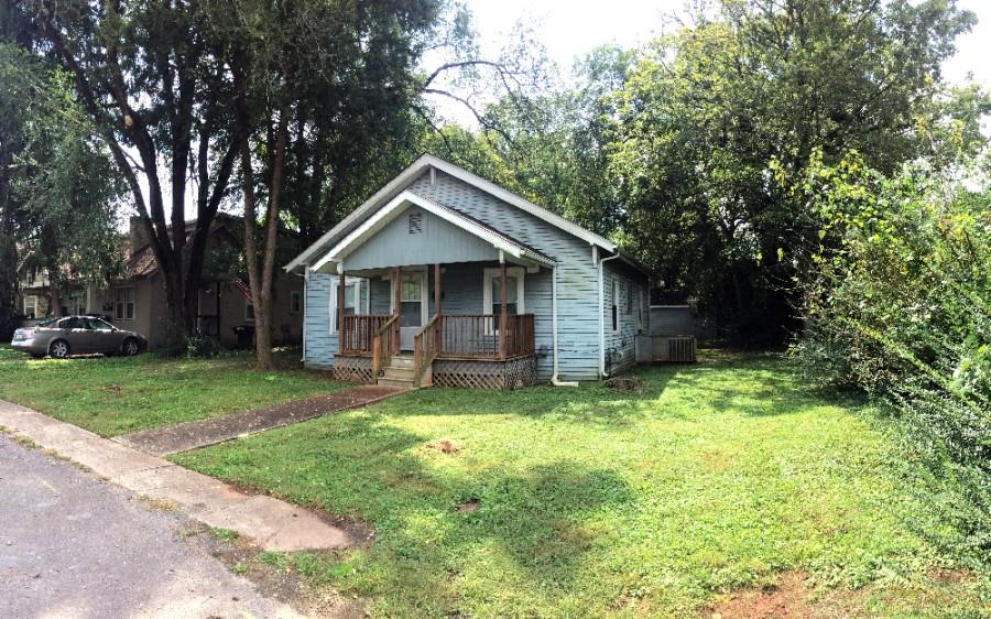 LIVE AUCTION: 2 BR Home in Central Murfreesboro with Potential for Development