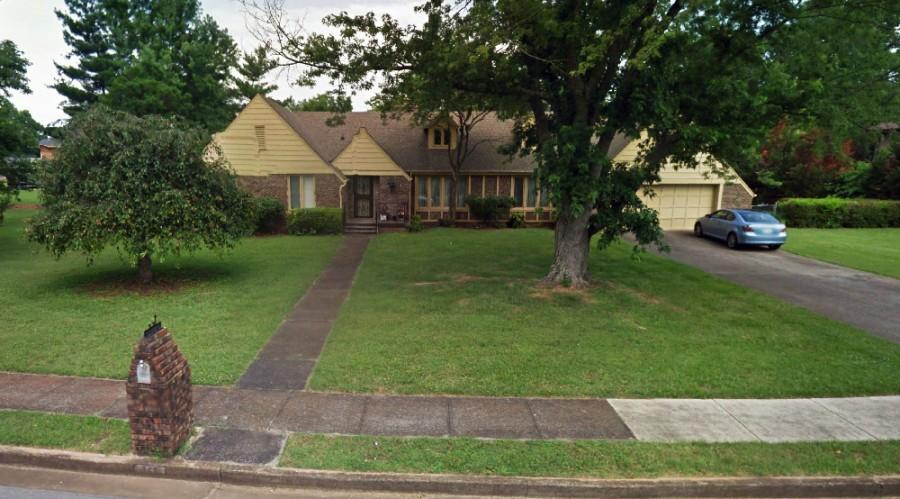 ABSOLUTE ONLINE AUCTION: <br/>3 BR, 2 BA, 2,342 +/- SF Home Near MTSU in Murfreesboro